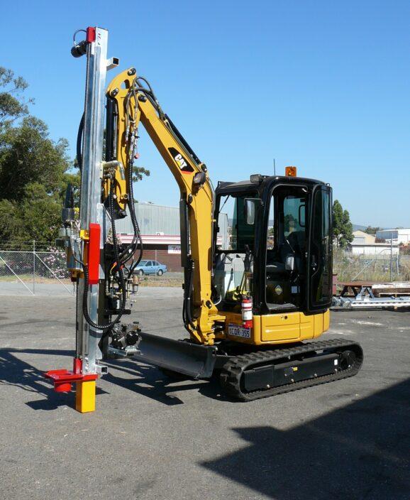 2100 excavator 2